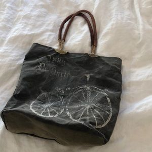 Handbags - Mona B vintage inspired carry all bag
